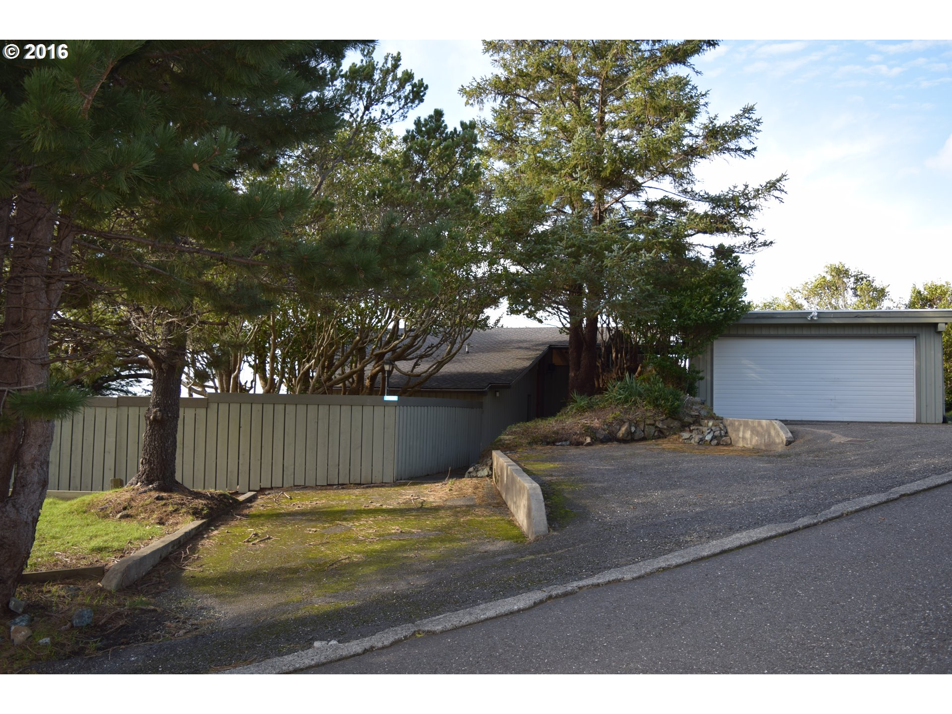 29820 HOUND DOG RD Gold Beach, Brookings Home Listings - Pacific Coastal Real Estate