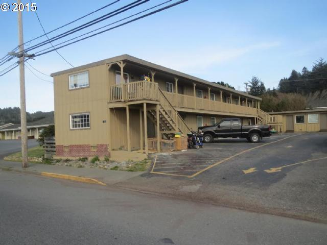 29473 ELLENSBURG AVE Gold Beach, Brookings Home Listings - Pacific Coastal Real Estate