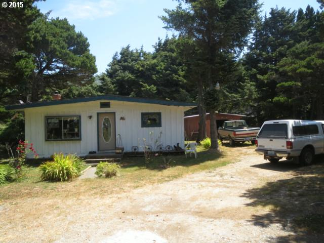 94589 GRANGE RD Gold Beach, Brookings Home Listings - Pacific Coastal Real Estate