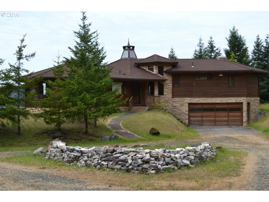 95855 QUAIL MOUNTAIN RD Gold Beach, Brookings Home Listings - Pacific Coastal Real Estate