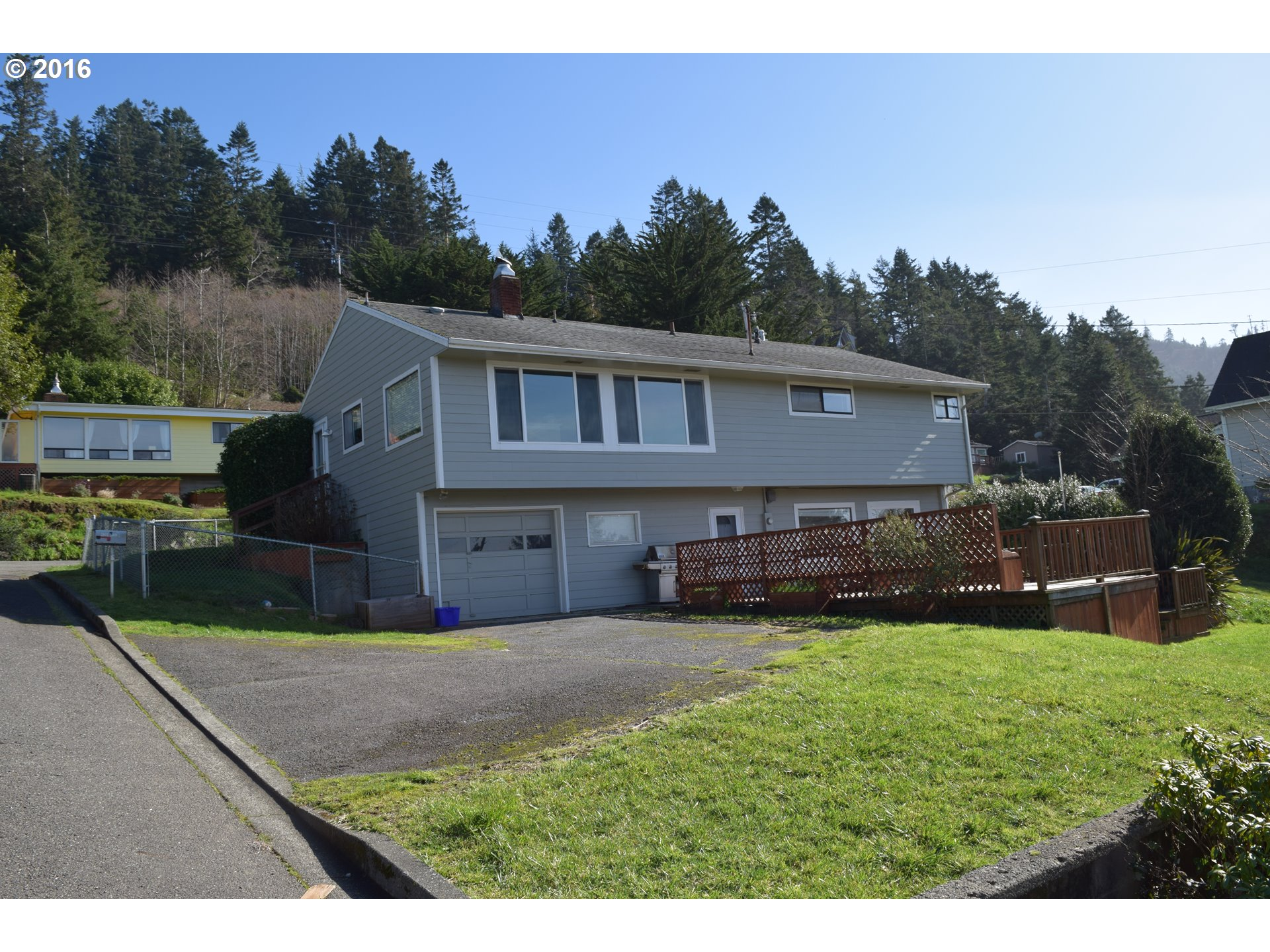 29410 LAVIN ST Gold Beach, Brookings Home Listings - Pacific Coastal Real Estate