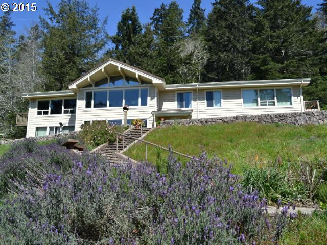 22955 HWY 101 Gold Beach, Brookings Home Listings - Pacific Coastal Real Estate