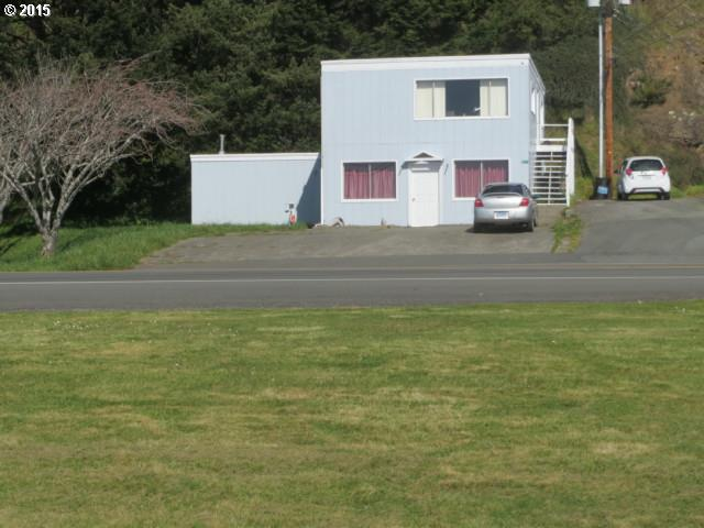 94313 WEDDERBURN LP RD Gold Beach, Brookings Home Listings - Pacific Coastal Real Estate