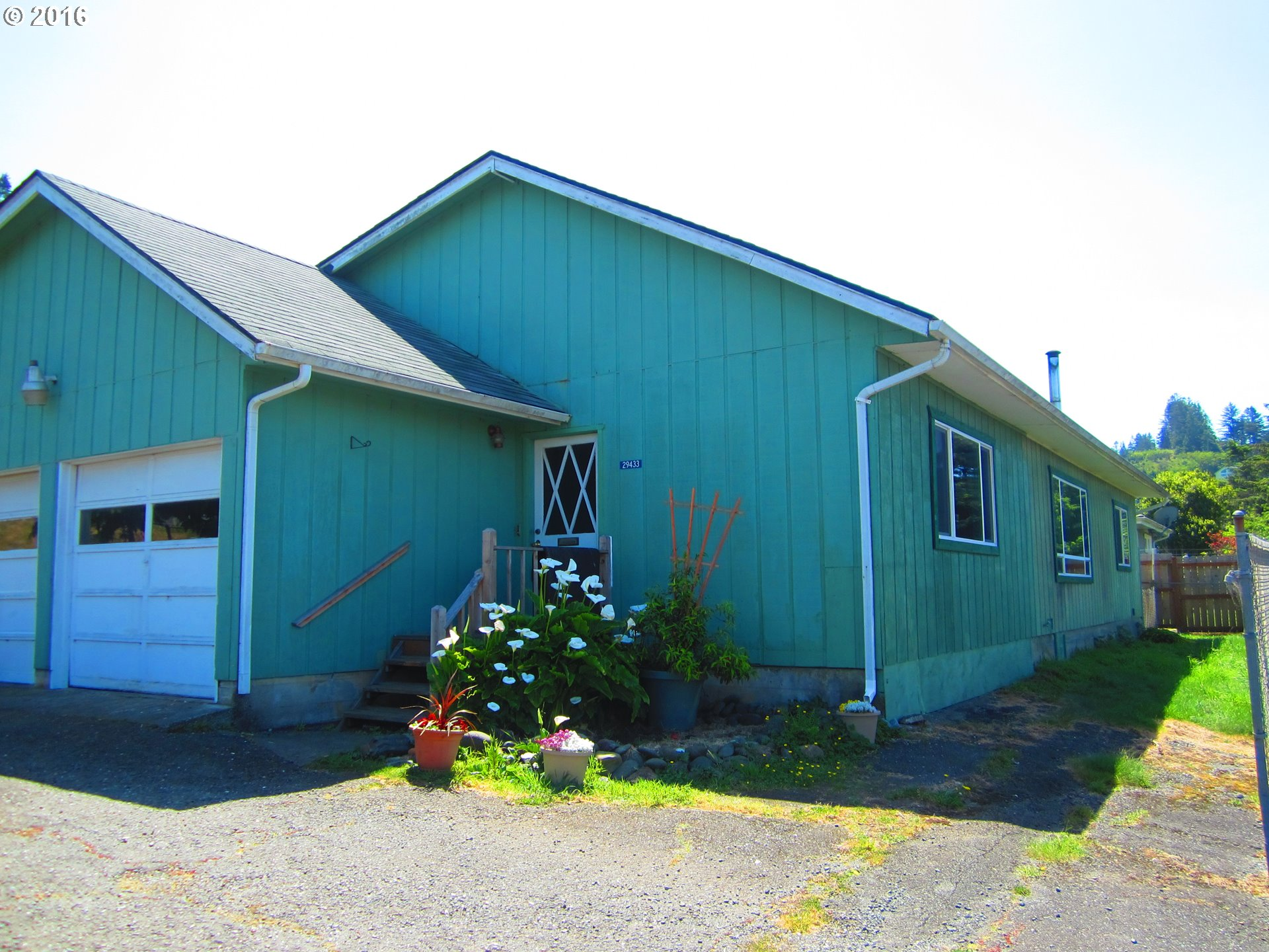 29433 CYPRESS CT Gold Beach, Brookings Home Listings - Pacific Coastal Real Estate