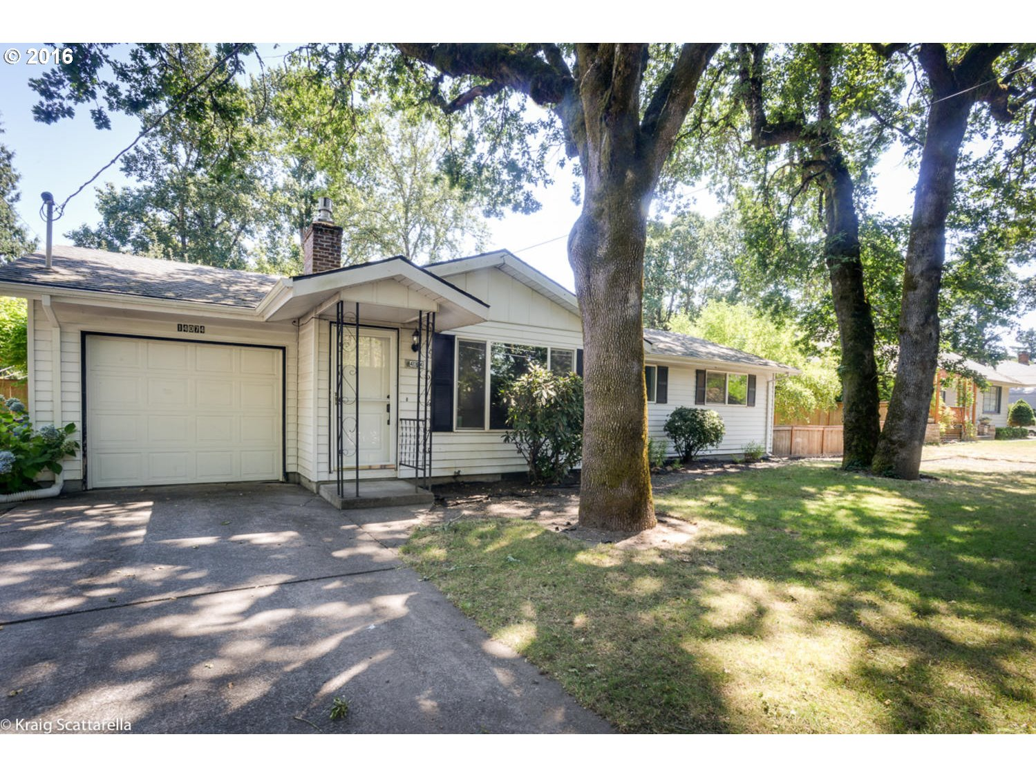 14074 SE LAURIE AVE Portland Home Listings - The Rob Levy Team Real Estate