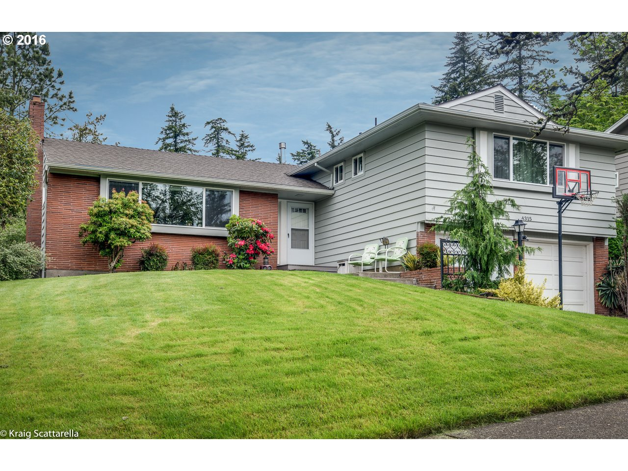 4315 SW IOWA ST Portland Home Listings - The Rob Levy Team Real Estate