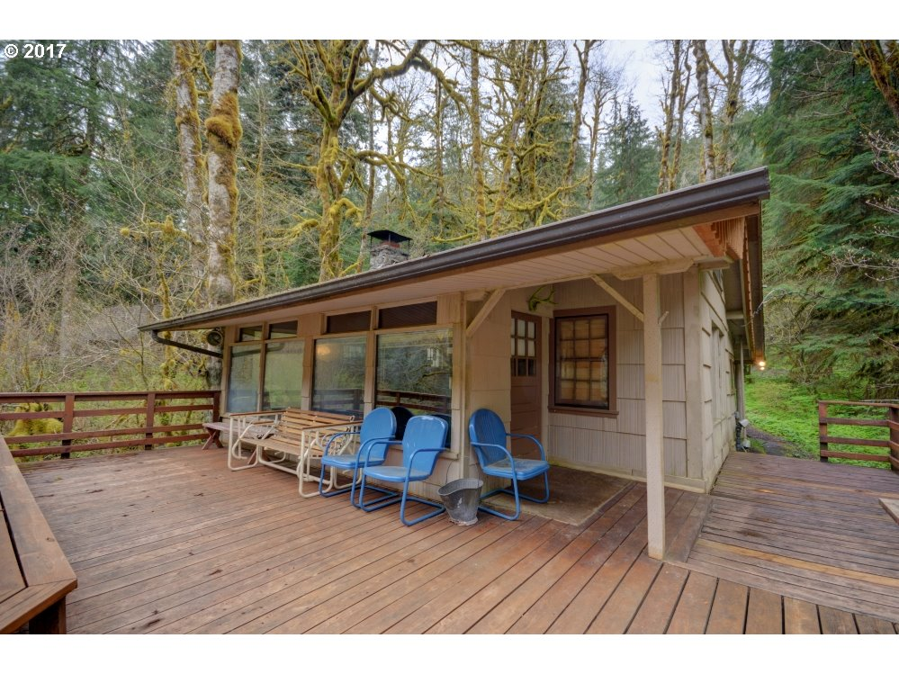 cabin resort vacation clear in lodging for one family lake michigan oregon rent cabins