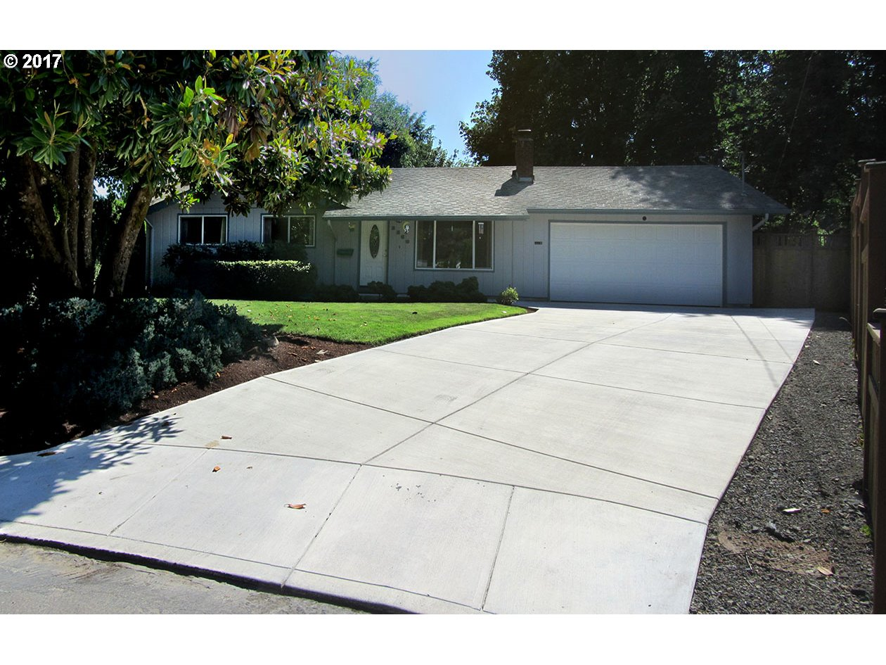 3360 ADMIRAL ST Eugene Home Listings - Galand Haas Real Estate